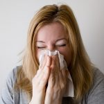 Does sinus infection cause nosebleeds?